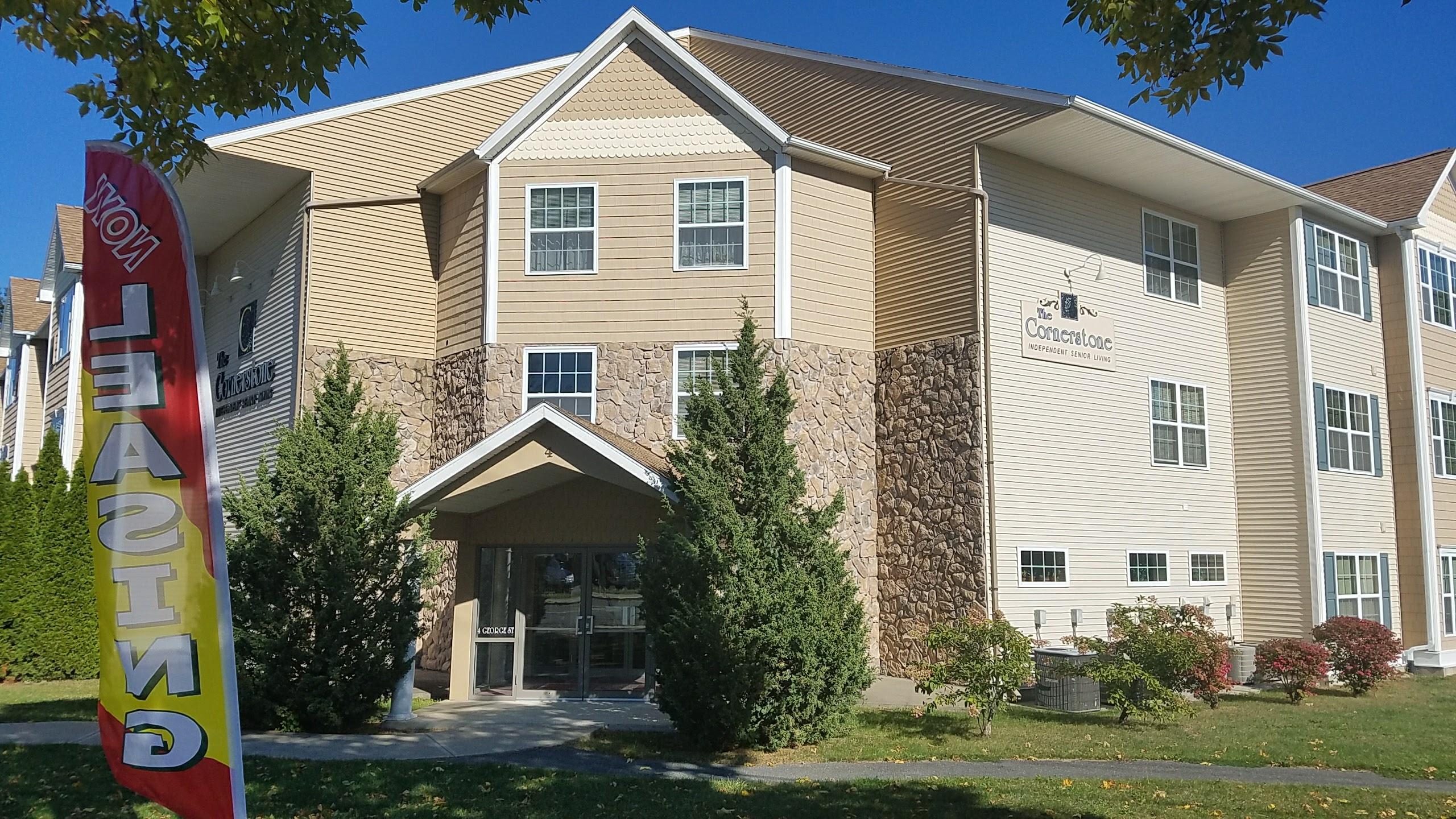 Main Entrance, Finning Cornerstone 55+ Senior Living Community Green Island NY